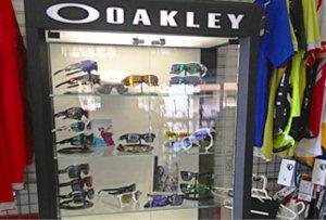 Oakley -