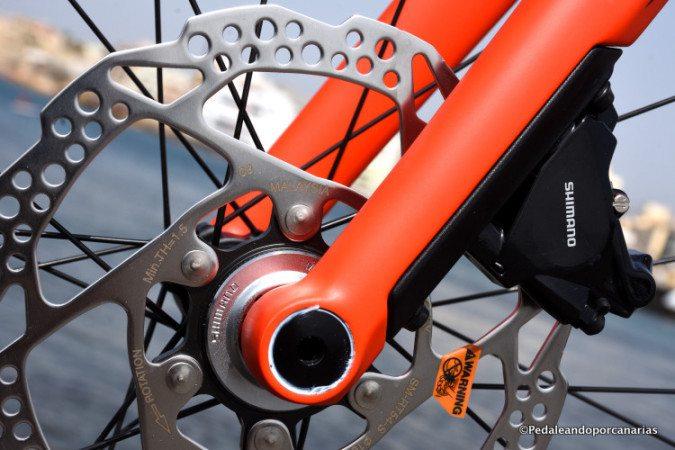 Bmc Roadmachine 02 Shimano 105 Disc Brakes Bikepointtenerife