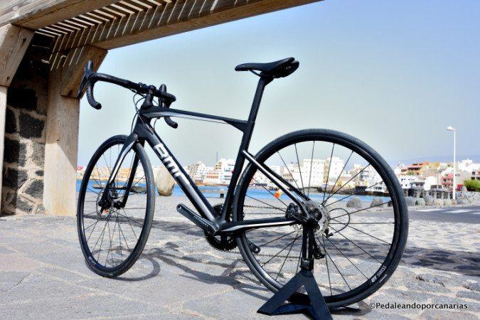 Bmc Roadmachine 02 Ultegra Bike Hire