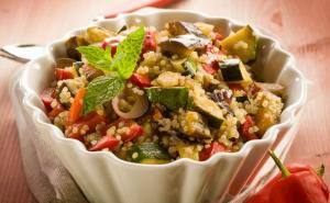 Roasted-Vegetable-Quinoa-Salad (1)_800x492